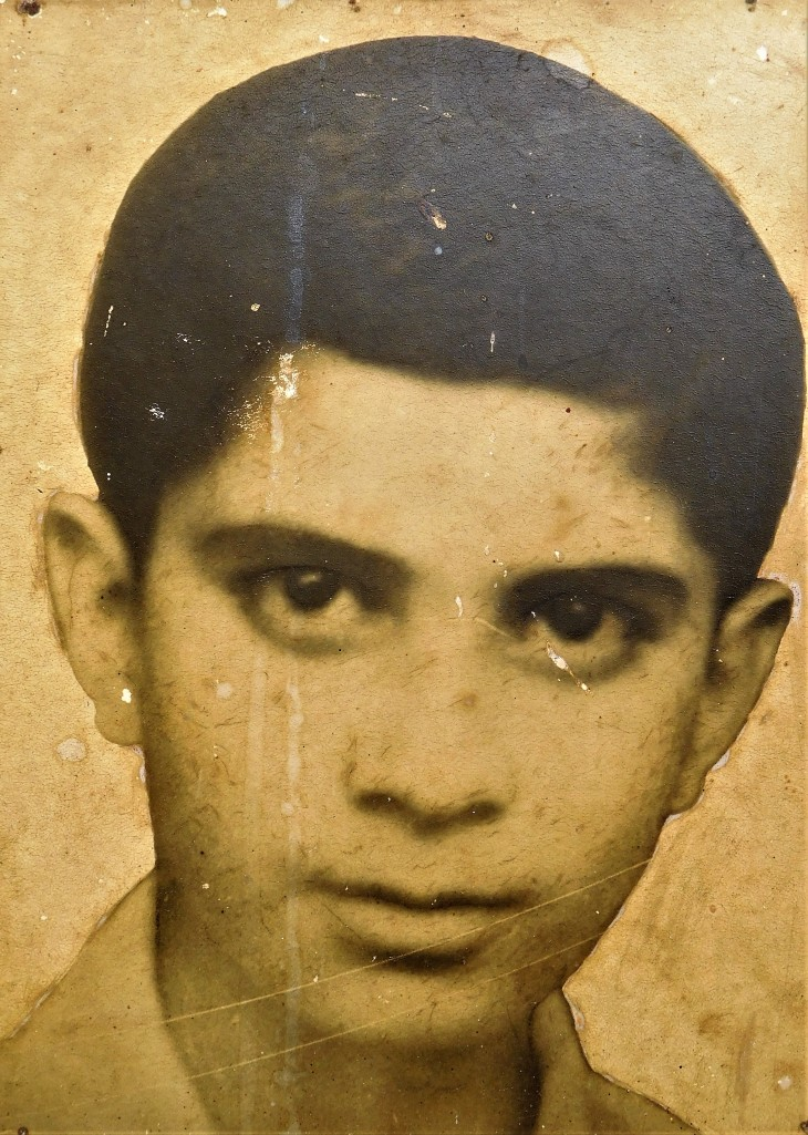 Anwar Nadeem's 1st photo taken at the age of 10 or 11